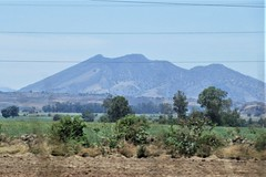 Cerro Amatitán from Highway 70 near El Arenal, Mexico (Paul McClure DC) Tags: elarenal mexico jalisco apr2018 tequilacountry scenery