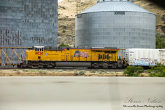Building America - UP SD90MAC #8020 (S. Neilson Photography) Tags: freight train usa up union pacific upr railway sd9043mac sd mac locomotive