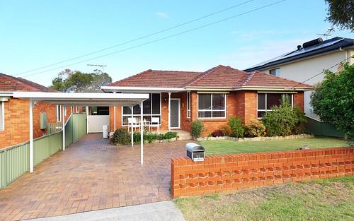 95 Lorraine St, Peakhurst NSW 2210