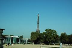 Париж Ейфелева вежа InterNetri  France 002