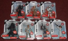 Disney - Star Wars Toybox (Darth Ray) Tags: disney star wars toybox figures starwars kyloren rey firstorderstormtrooper darthvader lukeskywalker bobafett princessleiaorgana kylo ren first order stormtrooper darth vader luke skywalker boba fett princess leia organa