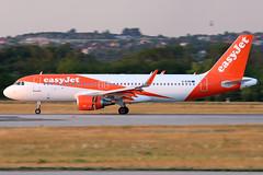 GEZRI (fakocka84) Tags: lisztferencairport lhbp easyjet airbusa320214