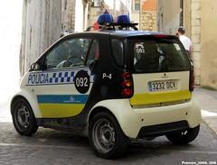 Policia Municipal de Girona (Francis Lenn) Tags: smart police girona catalonia catalunya policia policía