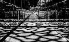 Pattern (Leipzig_trifft_Wien) Tags: marseille provencealpescôtedazur frankreich fr light shadow monochrome shadowplay black white architecture city urban mirror reflection repeating