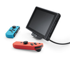 Nintendo-Switch-100518-002