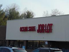 Ocean State Job Lot (Palmer, Massachusetts) (jjbers) Tags: palmer massachusetts april 7 2018 shopping center ocean state job lot discount store plaza