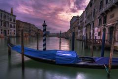 Venezia : POV - 43 (Roberto Defilippi) Tags: 2018 262018 rodeos robertodefilippi nikond7100 tokina1116mmf28 tripod venezia venice clouds longexposition earlymorning goldcollection