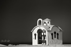 Sea Chapel, Kato Stalos, Crete (Jean-Marc Vogel Photography) Tags: nb noiretblanc noir blanc nero blanco schwarz weiss black white bw blackandwhite sea chapel mer chapelle grece greece kato stalos protection cloche bell marin fishermen crete kreta aoi elitegalleryaoi bestcapturesaoi