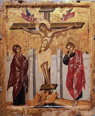 Crucifixion with the Virgin and Saint John the Evangelist (Suni Lynn Lee) Tags: dublin ireland nationalgallery art museum renaissance constntinople crucifixion virgin mary saint john cristianity christian cross symbolism icon tempera goldleaf wood