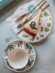 Teatime (bn.bichngoc) Tags: tea teatime pot red redvelvet cake partea saigon saigonese love life young youth you yay yummy gorgeous lavender flickr me missthosedays may february food foodlover foodporn