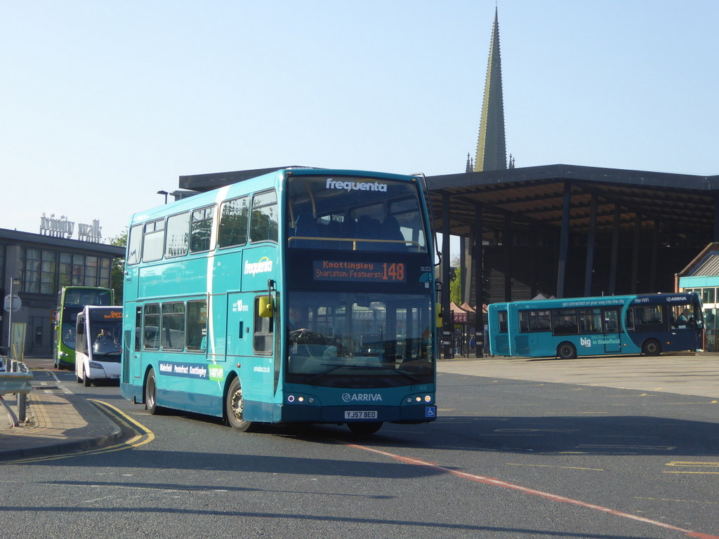 Top Five 148 Bus Times Knottingley To Wakefield - Circus