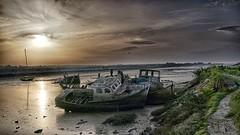 vestige (raphael.petreau) Tags: bateau cimetiere noirmoutier seascape vendée