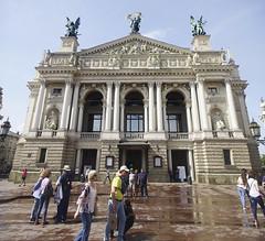 (TheDeepestPurple+) Tags: 2018 ukraine lviv pentax k5 1855 1855mm smcpda1855mmf3556alwr smcdaf35561855mmalwr smcda1855mmf3556alwr pentaxart building operatheater panorama outdoor architecture sky theater