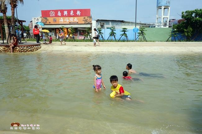 南寮旅遊服務中心 親子沙灘戲水區 (2).JPG