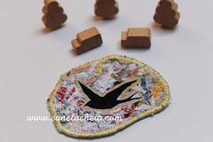 Fly nr45 (Canela Cheia) Tags: fly andorinha arte artesanato brooch criatividade criativity despedíciozero handicraftbrooches handmade linhas pregadeira retalhos reuse reutilizar reutilização semdesperdício slowfashion swallows threads usableart zerowaste