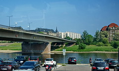 MeToo (RadarO´Reilly) Tags: dresden elbe brücke bridge graffiti flus river humor humour sachsen germany street streetphotography