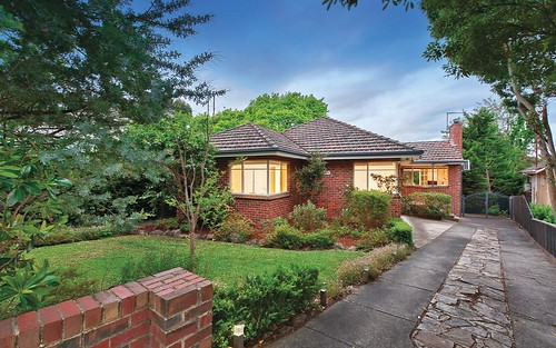 1 Grace Ct, Mont Albert VIC 3127