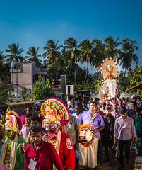 Divine Procession of Devi (KV Gopalakrishnan) Tags: events what where india kerala manappullikavu manappullikavuvela mixedevents palakkad religioncelebrations temples devi goddess hindu