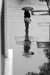 3899 (*Ολύμπιος*) Tags: sãopaulo street streetlife streetphotography streetphoto fotoderua foto gente girl garota giovanni garotas girls people persone persons pessoas mulher man homem homme femme woman women domingo domenica daybyday diaadia donna downtown avenidapaulista avpaulista city cidade ciudad città cittè ciutat centro centrohistórico centrodowntown pb pretoebranco bw bn biancoenero blackandwhite noiretblanc