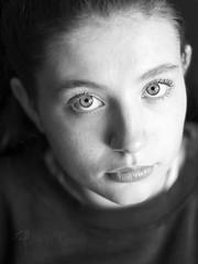 2-506-B&NC (kanzer16) Tags: ilce7rm2 tokina sony tokinaatxmacro90mmf25 portrait naturallight beautiful beauty blueeyes blackandwhite bokeh retrato eyes luznatural girl ojosazules blancoynegro ojos