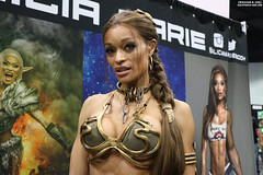 IMG_6124 (willdleeesq) Tags: cosplay cosplayer cosplayers lacc lacc2017 lacomiccon lacomiccon2017 losangelesconventioncenter losangelescomiccon losangelescomiccon2017 stanleeslacomiccon princessleia starwars slaveleia