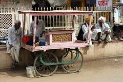 abhaneri food cart (kexi) Tags: abhaneri rajasthan india asia trade vendors food people men turbans village cart canon february 2017 instantfave