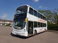 BX04 BAV (markkirk85) Tags: volvo b7tl wright eclipse gemini sleafordian new london buses 42004 vwl38 general bx04 bav bx04bav