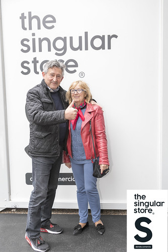 553 THE SINGULAR STOREl IMG_5827_