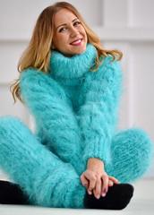 tumblr_p3b5s0I6GU1suc31ro1_1280 (ducksworth2) Tags: preparedforweb turtleneck sweater jumper knit knitwear rollneck