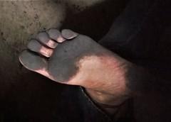 dirty city feet 540 (dirtyfeet6811) Tags: feet foot sole barefoot dirtyfeet dirtyfoot dirtysole black sole2 cityfeet blacksole