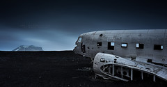 Final Destination (FredConcha) Tags: airplane dc3 fredconcha landscape nature aviao iceland nikond800 1635