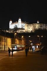 Bratislava (14000) (Brian Aslak) Tags: bratislava pressburg pozony slovensko slovakia szlovákia europe city urban night noche öö bratislavskýhrad 14000