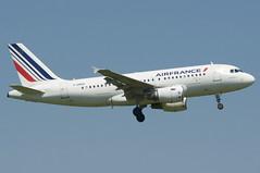 Air France Airbus A319-111; F-GRHO@ZRH;07.05.2018 (Aero Icarus) Tags: zrh zurichairport zürichflughafen zürichkloten lszh plane avion aircraft switzerland flugzeug airfrance airbusa319 fgrho
