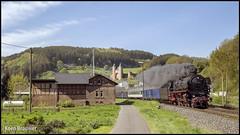 20180502 SSN 01 1075 + rijtuigen, Mürlenbach (20059) (Koen Brouwer) Tags: mürlenbach ssn 01 1075 rijtuigen dampfspektakel trier rotterdam stoomtrein dampfzug steamtrain station gare bahnhof trein train zug mei 2017 sunny germany duitsland deutschland zon
