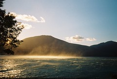 Lake Ohau at Sunrise (outbytheorangegroves) Tags: goldenlight sunrise newzealand spray lakeohau travel adventure roadtrip beauty nature olympustrip olympustrip35 35mm filmphotography