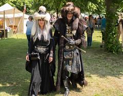 Gunnenpaar am Epochenfest (Vladislav Ihl) Tags: deutschland europa events jülich nordrheinwestfalen orte