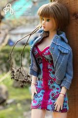 Naoko (astramaore) Tags: lacy modernist momoko spring flowers flowering bloom blooming shorthair dress jeans greeneyes