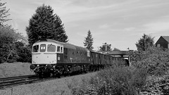 (Duck 1966) Tags: gcr 33035 crompton class33 emrps goods train diesel locomotive