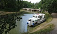 [o] Violette et le Canal du Midi (Gé DEVEAU) Tags: canal midi aude minervois