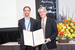 APS Prize And Award Ceremony (apsphysics) Tags: prizeawardsceremonymarchmeeting2018apslosangeles andrea cepellotti 2018 nicholas metropolis award for outstanding doctoral thesis work computational physics roger falcone
