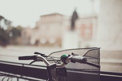 The bike and the castle _ #42/100 Bike Project (pierfrancescacasadio) Tags: aprile2018 11042018840a6183 bicycle 100bicycles project detailed details bikes bike cycling 100bicyclesproject 42 50mm bokeh pastelcolor 7dwf