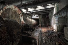 The tumbler and the office (Mike Foo) Tags: urbex fuji fujifilm xt2 abandoned abbandono mirrorless hdr rozklad factory fabbrica machinery machines haunting spooky lost secret decay derelict