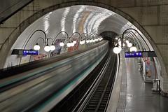 Cité (hervétherry) Tags: france iledefrance paris 75004 canon eos 7d efs 1022 metro ligne 4 station cité