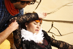 Coquillette Western #8 - Rose's death (madasapsy) Tags: western parodie parodia parody lady señorita mort muerte dénouementincryable unbelievableending potiche adorna windowdressing desert desierto désert