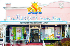 Mrs. Backers Pastry Shop (Thomas Hawk) Tags: america backersbakery hotcrossbuns julia juliapeterson mrsbackerspastryshop slc saltlakecity usa unitedstates unitedstatesofamerica utah bakery mrsth neon spouse wife us fav10