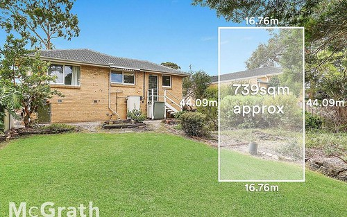26 Larch Cr, Mount Waverley VIC 3149