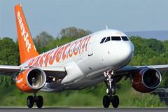 G-EZPG (AnDyMHoLdEn) Tags: easyjet a319 egcc airport manchester manchesterairport 23l