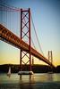 Ponte 25 de Abril (Jan Jungerius) Tags: portugal lisboa lissabon lisbon ponte25deabril ponte brug brücke bridge fluss river rivier water wasser sonnenuntergang sunset zonsondergang segelboot zeilboot sailingboat nikond750 tamronsp2470mm tejo taag