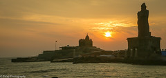 Kanyakumari - Sunrise (Balaji Photography') Tags: kanyakumari vivekananda thiruvalluvar travel tourist tamilnadu tamilnadutourismchennaitoursornithology india indiatourism indiatravel canon canon70d sunrays monuments coastal sea ocean beaches beachesofindia