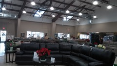 Interior Wide View (Retail Retell) Tags: tuesday morning store relocation southaven ms desoto county retail shops colonial square south lake centre hometown furniture horn mattress plus
